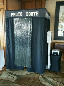 Closed Photo Booth 5'x5'